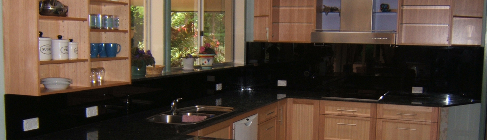 Our Glass Splashbacks in the Kitchen