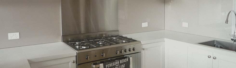 Glass Splashbacks Kitchen in the Seven Hills
